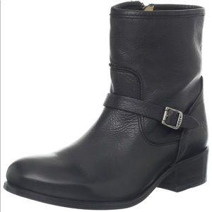 Frye Lynn Boot